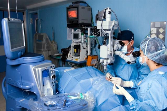 ¿Cómo es la técnico quirúrgica de los anillos?