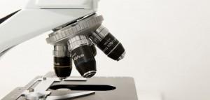 microscope-772297_1280-min-e1489518711804